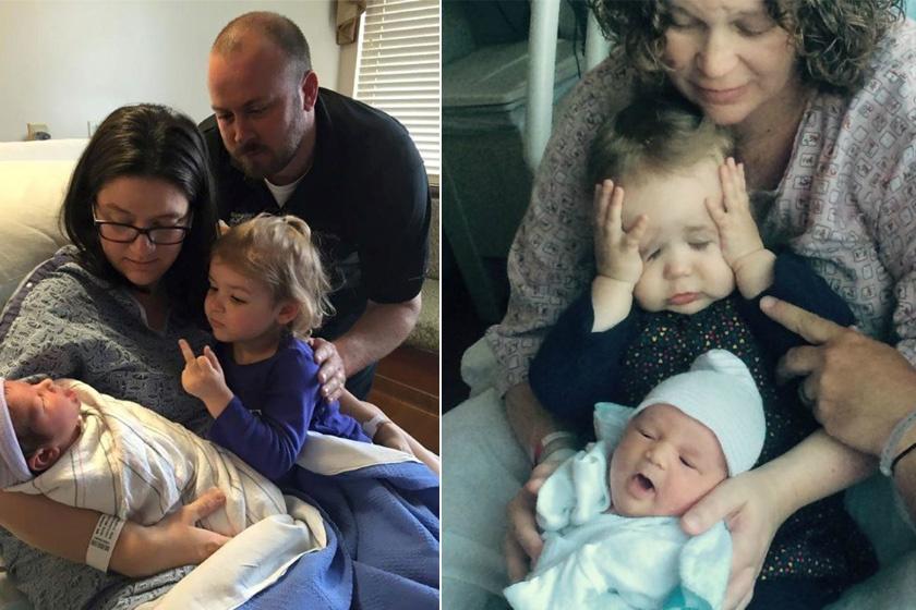 A balra látható kislány valószínűleg nem tudja, hogy valami csúnyát mutat, legalábbis reméljük - a kép mindenesetre viccesen sikerült. A jobbra lévő kicsi sincs épp feldobva a kistestvértől.