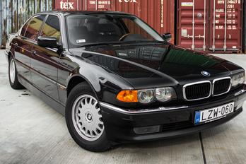 Régen nem volt minden jobb, de a 7-es BMW mindenképpen