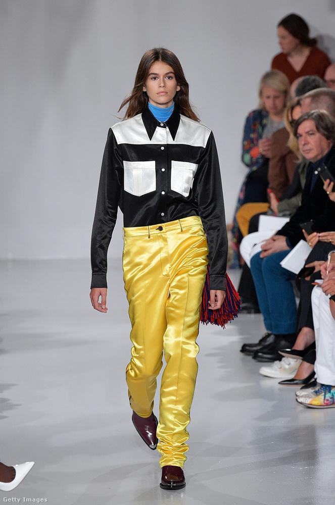 A Raf Simons féle Calvin Kleinnak is bemutatott a szezonban.