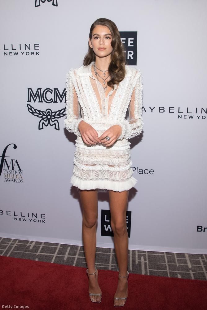 Nem a Daily Front Row Fashion Media Awardson láttuk utoljára Kaia Gerbert az biztos.