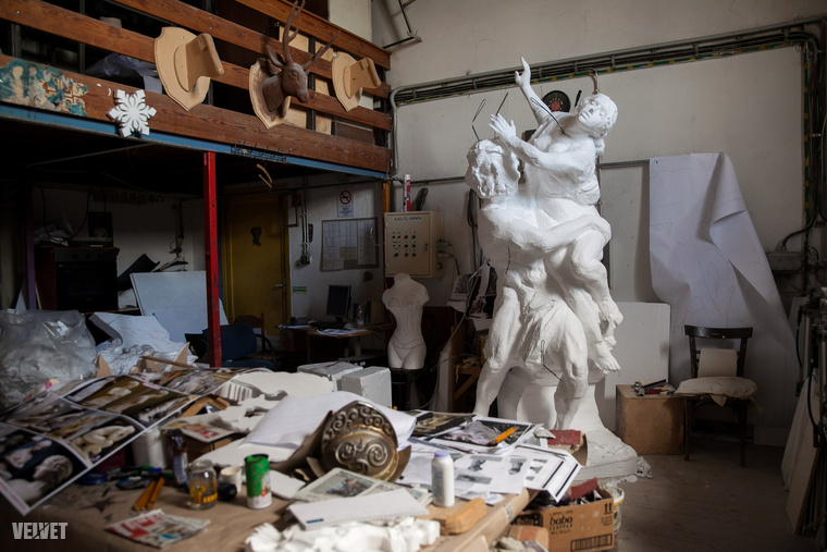 Ön tudta, hogy az Operaháznak saját szobrászrészlege van?Pedig van.