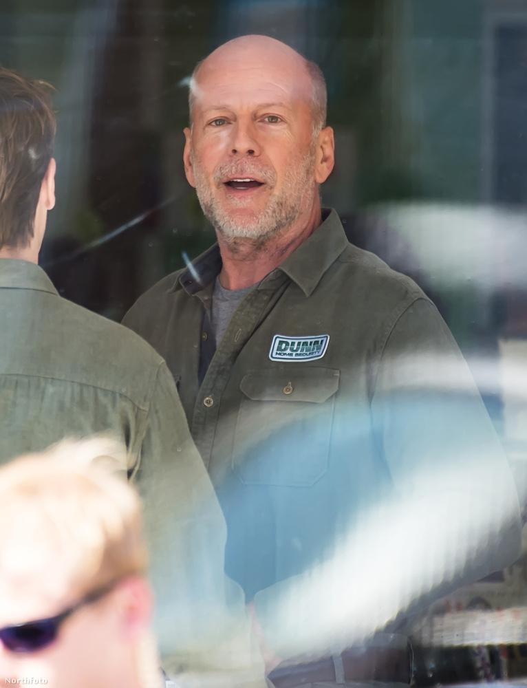 Bruce Willis mostanában a Glass című filmet forgatja, Philadelphiában