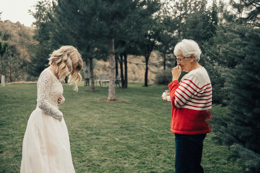 Jordyn két éve kezdte keresni álmai menyasszonyi ruháját. Mindenképpen egy vintage darabot szeretett volna, de sehol nem találta meg a tökéleteset.