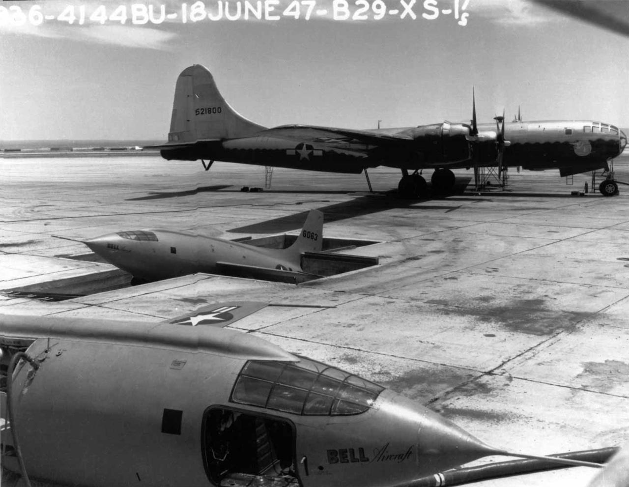 A Bell X-1-ből összesen három készült (a képen látható a 6063-as számú is), ezeket átalakított  B-29 Superfortress bombázók hasa alá rögzítve vitték a szükséges magasságokba a repülési tesztekhez.