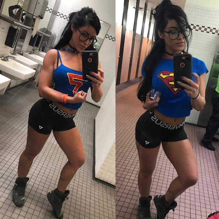 Wonder Womenen kívül más szuperhősöket sem vet meg.