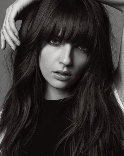 Annabelle Belmondo páratlan szépség, aki szép karriert futott be modellként Franciaországban.