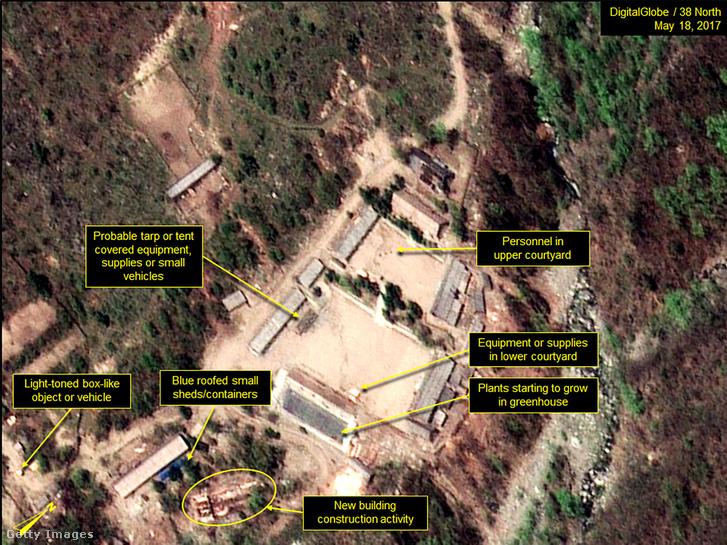 A Punggje-ri kísérleti telep a Digital Globe műholdképén