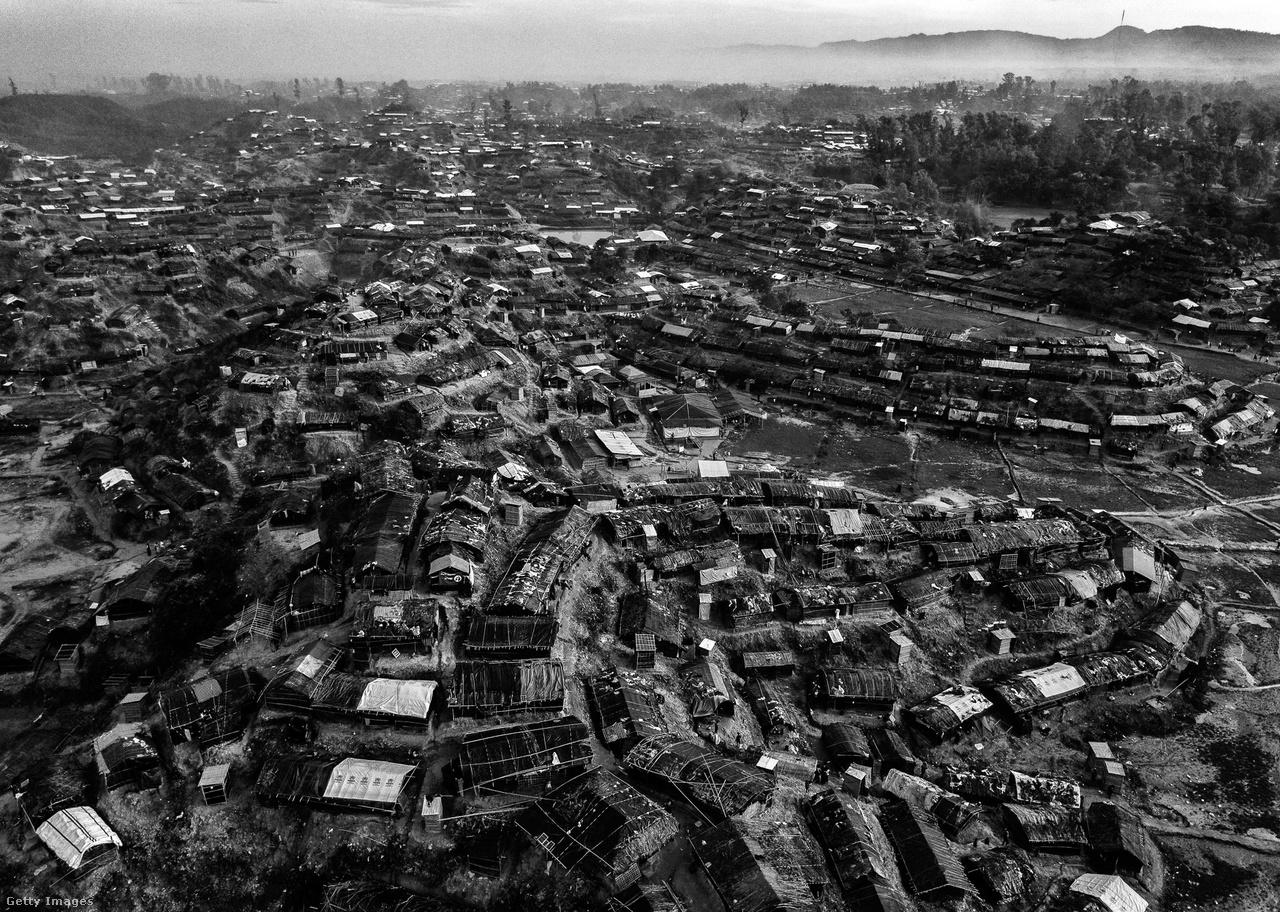 A bangladesi Balukali menekülttábora madártávlatból.