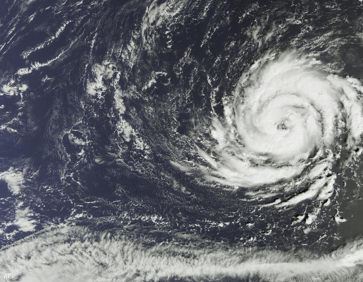 A hurrikán műholdképe