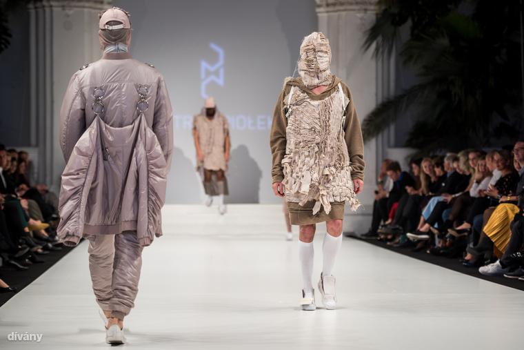 A bomberes hátizsák ismerős lehet azoknak, akik figyelemmel követik a divatot