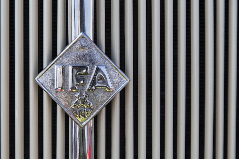 IFA hűtőrács, nem W50-es
