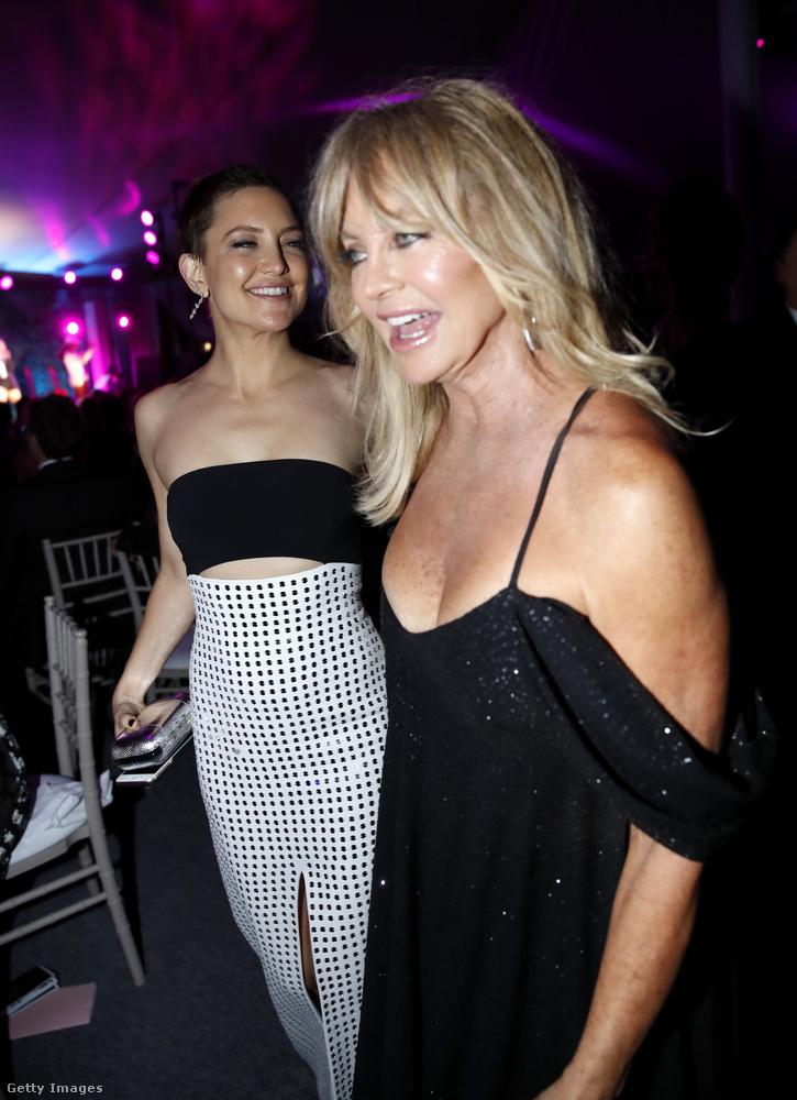 Itt pedig a lányával, Kate Hudsonnel