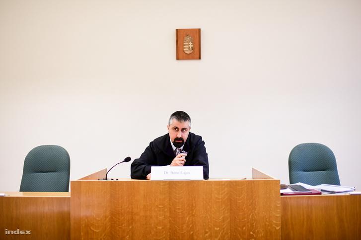 A tárgyalás október 17-i napja