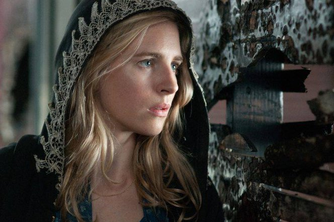 brit-marling-as-the-oa