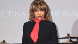 Tina Turner mindjárt 78, de ezt ki mondaná meg?