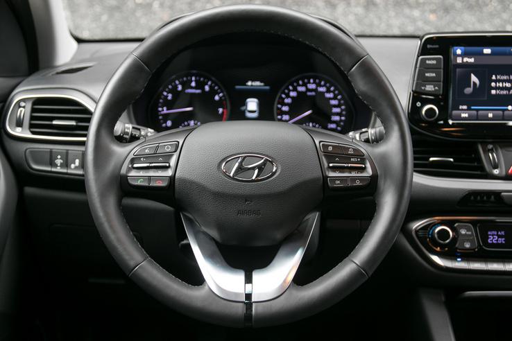Tök szabványos óracsoport a Hyundai-ban