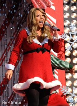 Mariah Carey hasa Mikulás-ruha alá rejtve