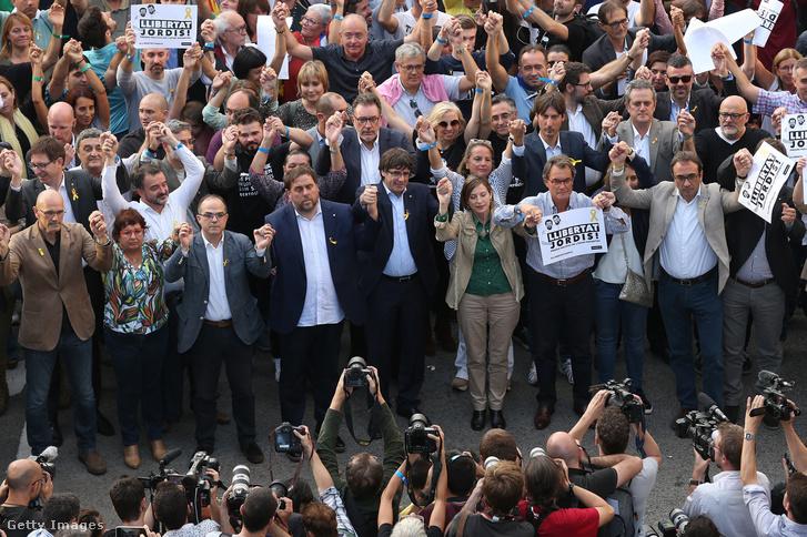 Carles Puigdemont a tüntetésen