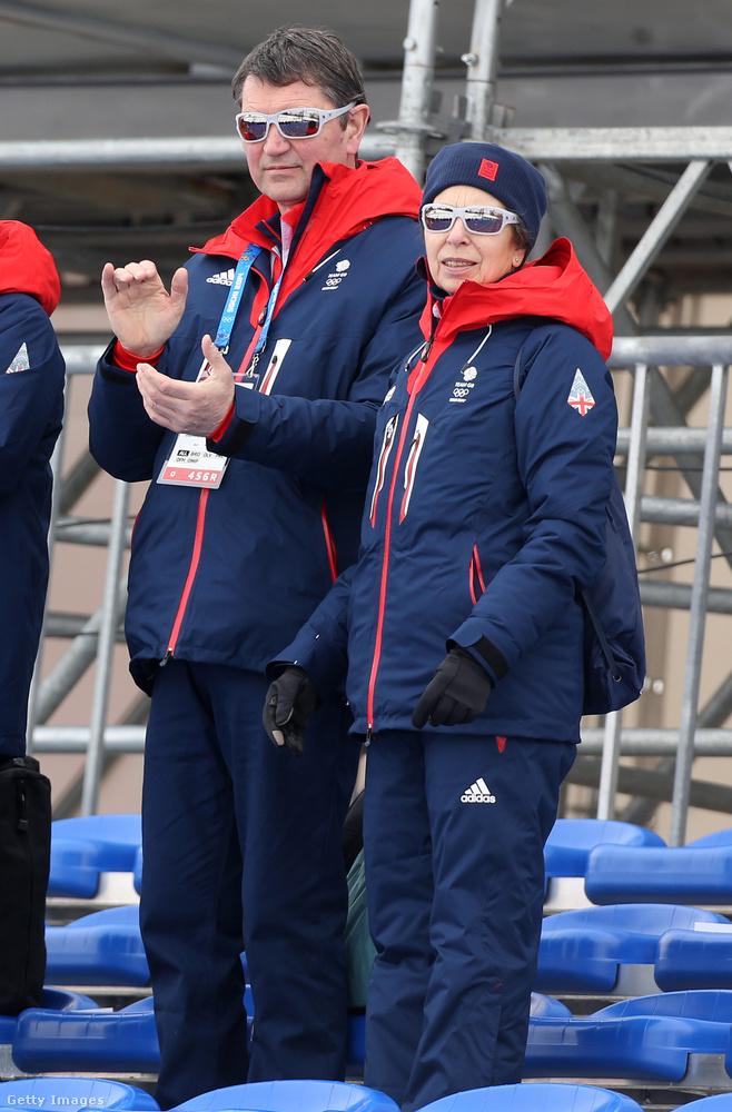 A hercegnőnek a sportéletben is jelentős szerepe volt, az Európai Lovastusa Bajnokságban két ezüst és egy aranyérmet szerzett és a királyi család  egyetlen tagjaként részt vett az 1976-os évi nyári olimpiai játékokon is