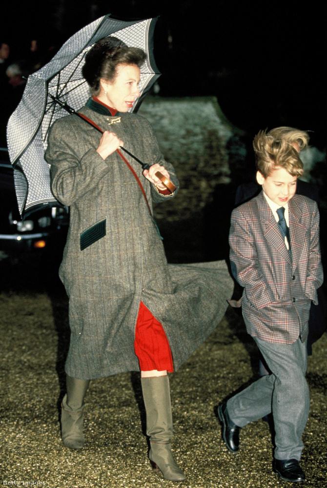Klasszikus kockás kabát 1990-ből.