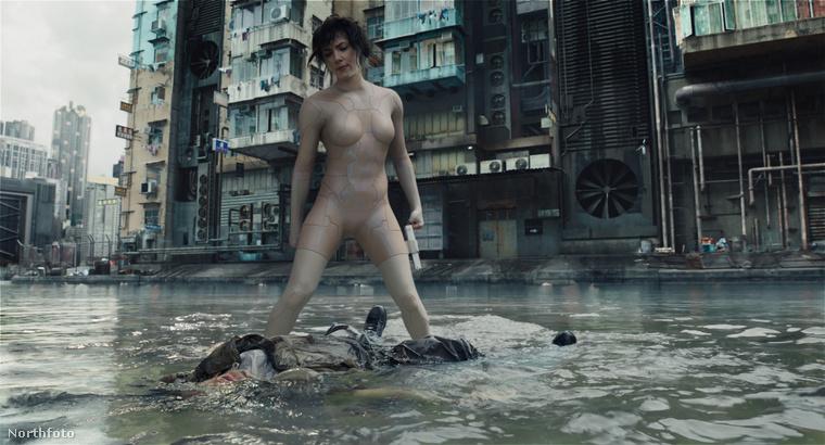 Ugyanúgy, ahogy Johansson sem volt az a filmben.