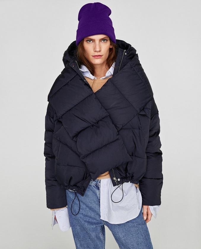 Várhatóan sok ilyen Zara kabát jön majd szembe a pesti éjszakában