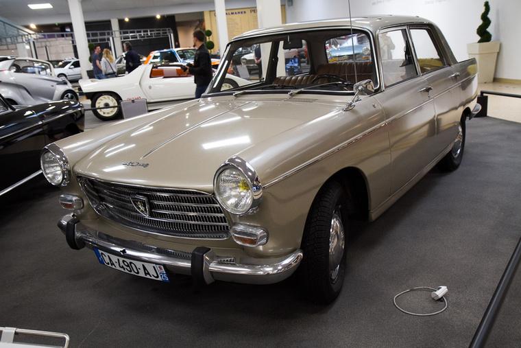 Pininfarina-tervezte 404-es: nemcsak Sochaux-ban, hanem Afrikában és Dél-Amerikában is készült, 1960 és 1988 között közel 2,9 millió példányban.