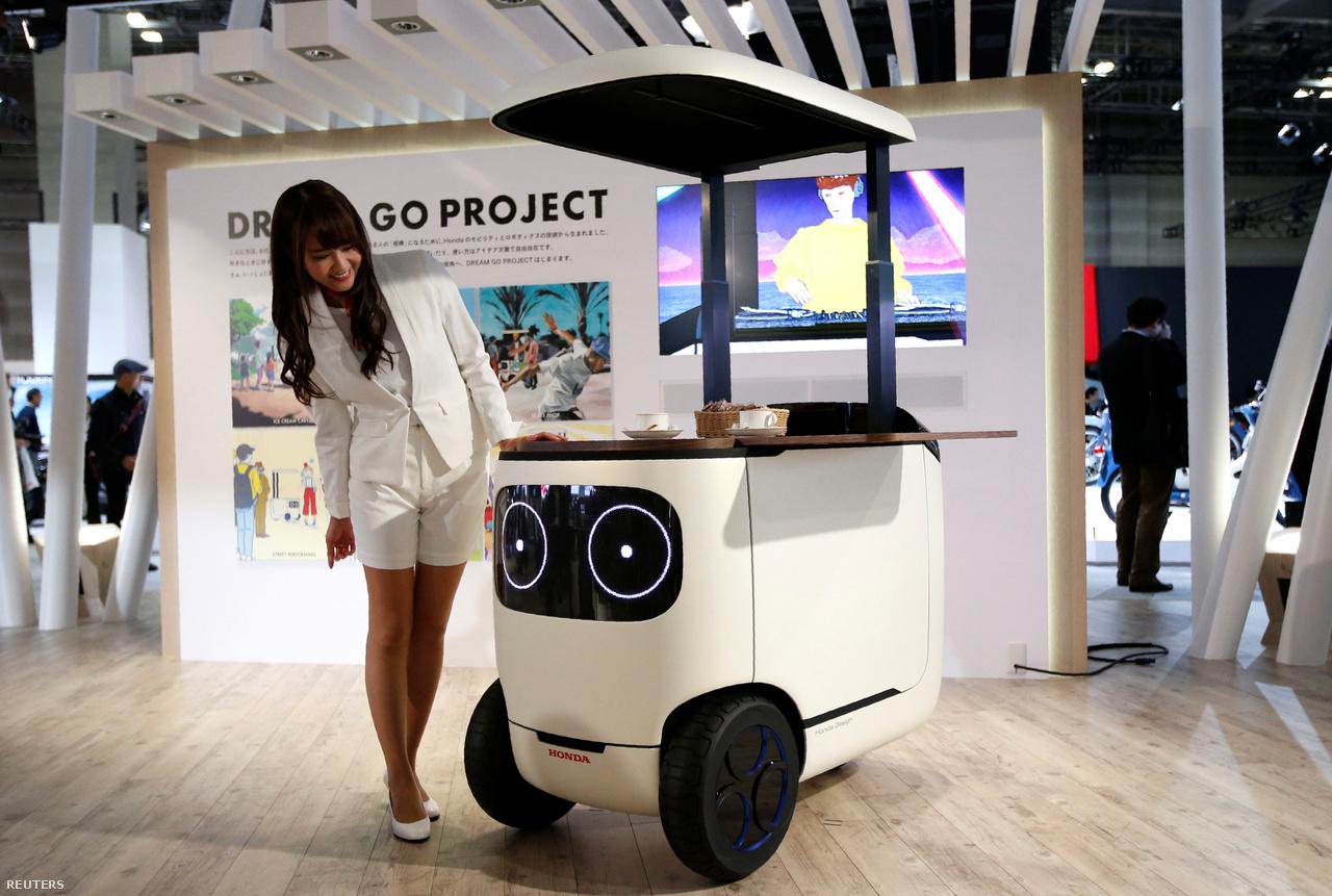 A Honda RoboCas elektromos hotdogos- vagy fagylaltoskocsija mintha egy XXI. századi Bagaméri kedvéért született volna a tervezőasztalon.