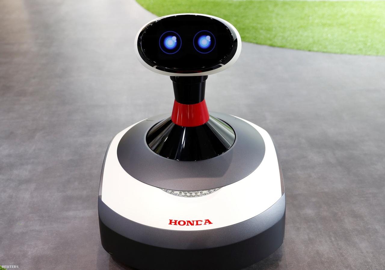A Hondánál mindenre gondolnak: a mesterséges intelligencia nem maradhat ki a jövő fűnyíróiból sem, így az Ai-miimo nevű kis robot egyedül is elboldogul majd a kertben.