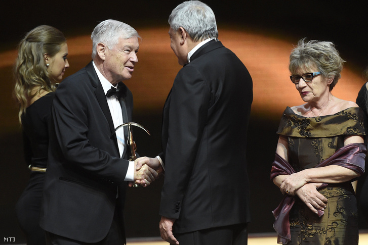 A Prima Primissima díjat 2016-ban vehette át.