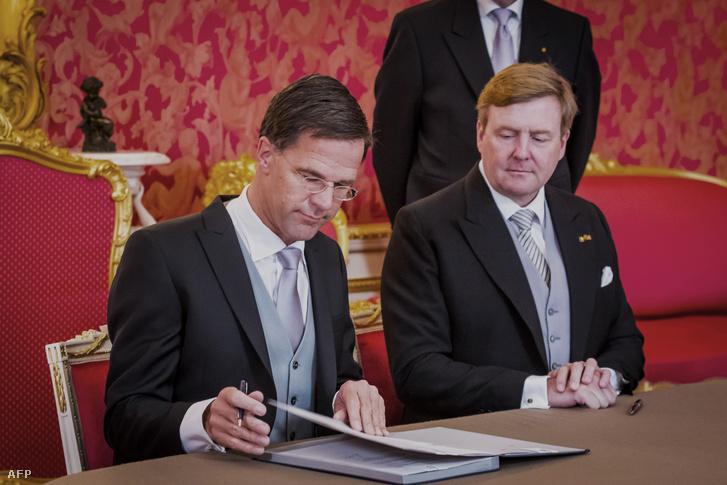 Mark Rutte és Vilmos Sándor holland király