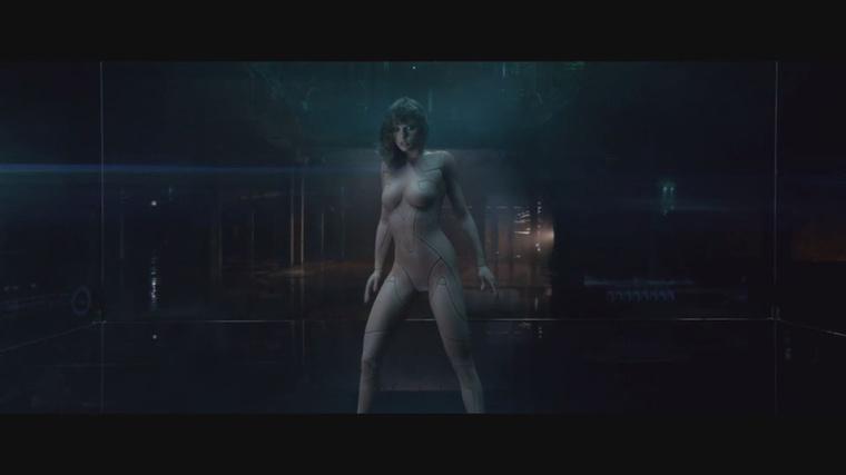 Pont az ilyen frame-ek miatt remélték oly sokan, hogy Swift meztelen lesz a klipjében