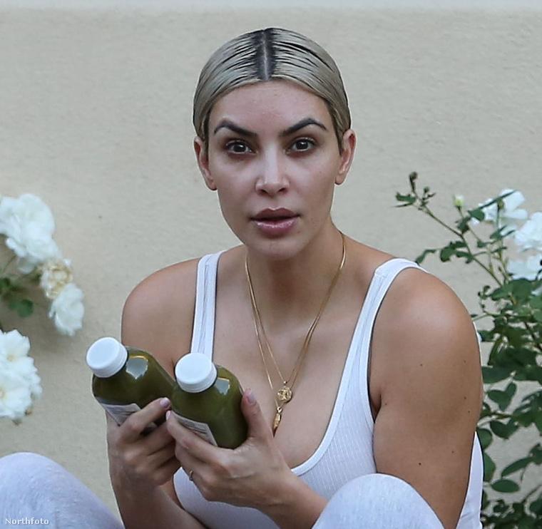 Kim Kardashianről múltkor megírtuk, hogy testképzavarban szenved, illetve hamarosan megszülethet harmadik gyermeke.Most nem történt semmi különös vele, csak leült a járda szélére egy Beverly Hills-i edzőterem előtt