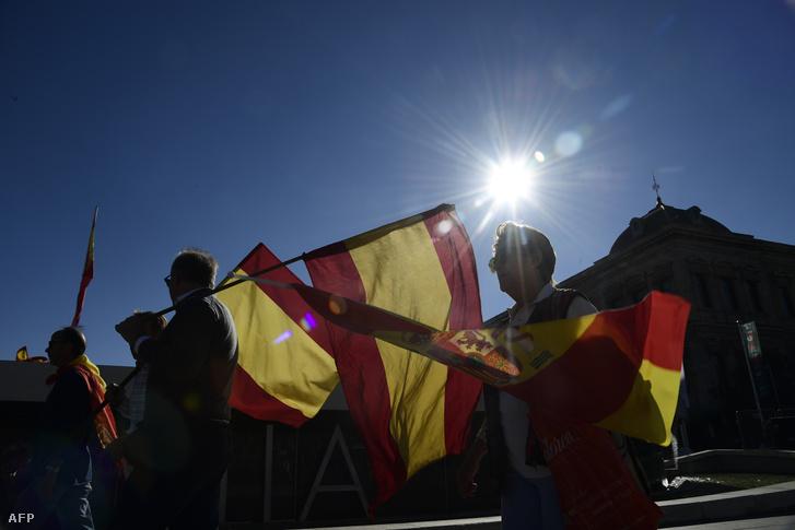 Spanyolország egységéért hirdettek tüntetést szombatra Madridban