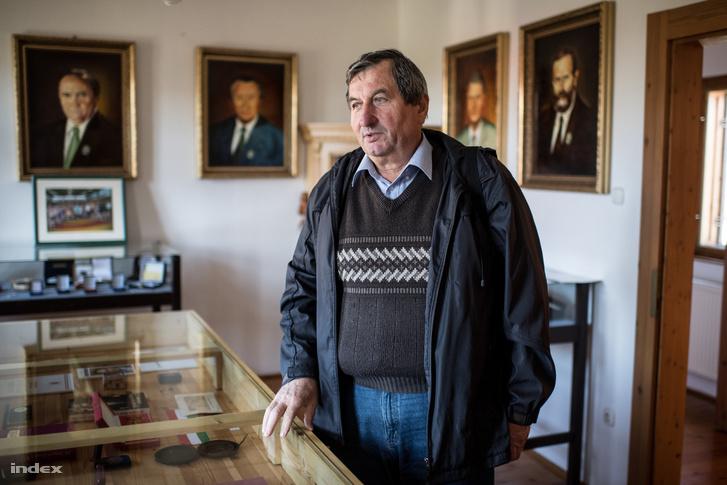 Laki Dezső 20 éve alpolgármester. Aggódik, hogy a település elveszíti a jövőt.