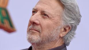 Dustin Hoffman szexuálisan zaklatott egy 17 éves lányt