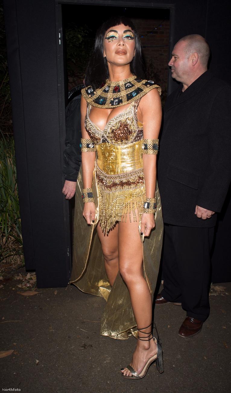 Nicole Scherzinger énekes-modell-tévést bizonyára azonnal felismerték, mert elég jellegzetes az arcformája, viszont beöltözésileg kitett magáért, úgyhogy megmutatjuk.
