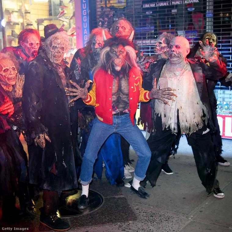 Idén Michael Jackson szörnykiadásának öltözött, a Thriller klipjéből
