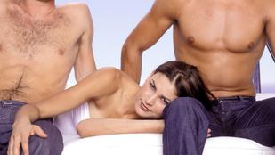 Hármas szex: a pasik egyre nyitottabbak az egymással szexelésre