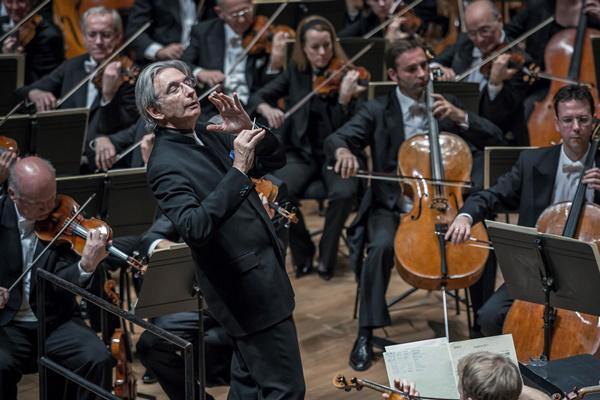Michael Tilson Thomas és Bécsi Filharmonikusok a Müpában (2014)