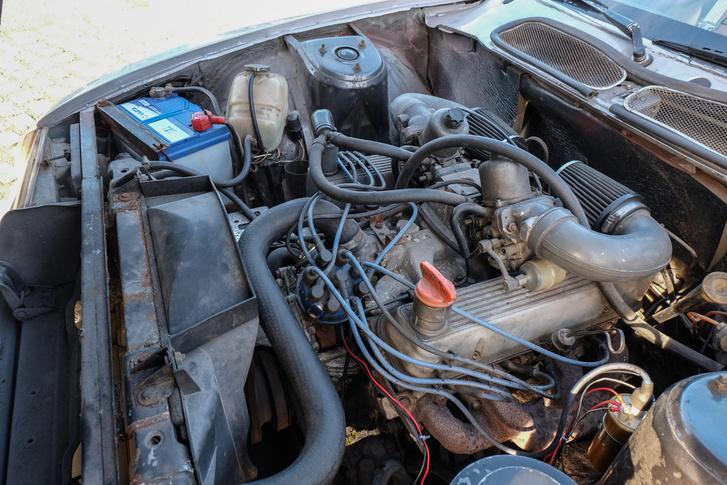 Itt a Buick-származék V8