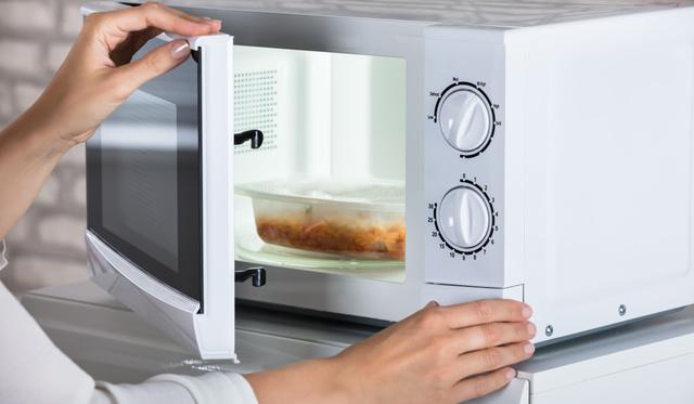 Teszt: nem érdemes százezreket költened a mikróra