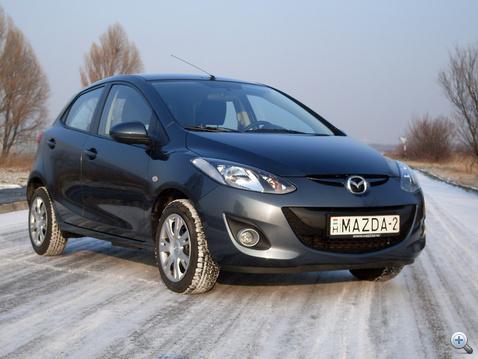 Logó nélkül is látszik: ez egy Mazda