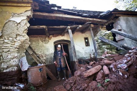 Egy devecseri ház és tulajdonosa