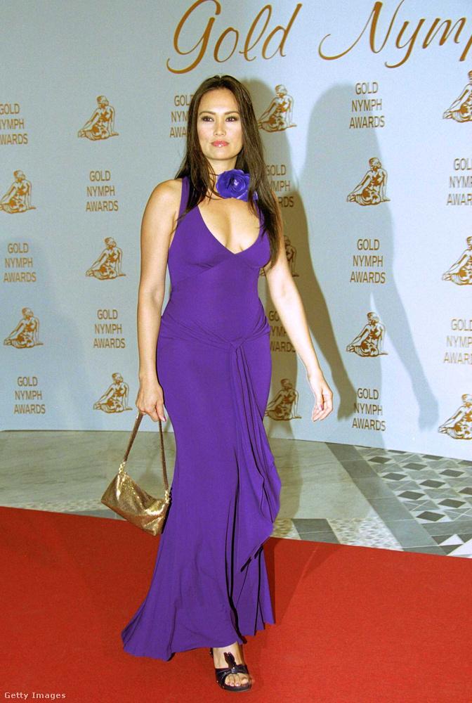Ez a fotó 2001-ben készült róla a Monte-Carlói Tévéfesztiválon, itt 33 éves.