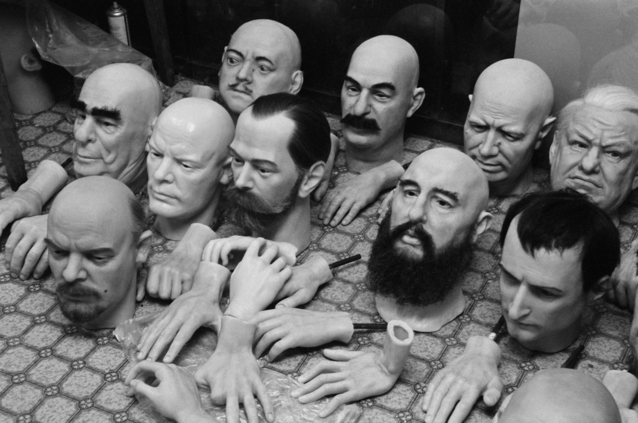 Készülő szobrok a moszkvai panoptikumban.