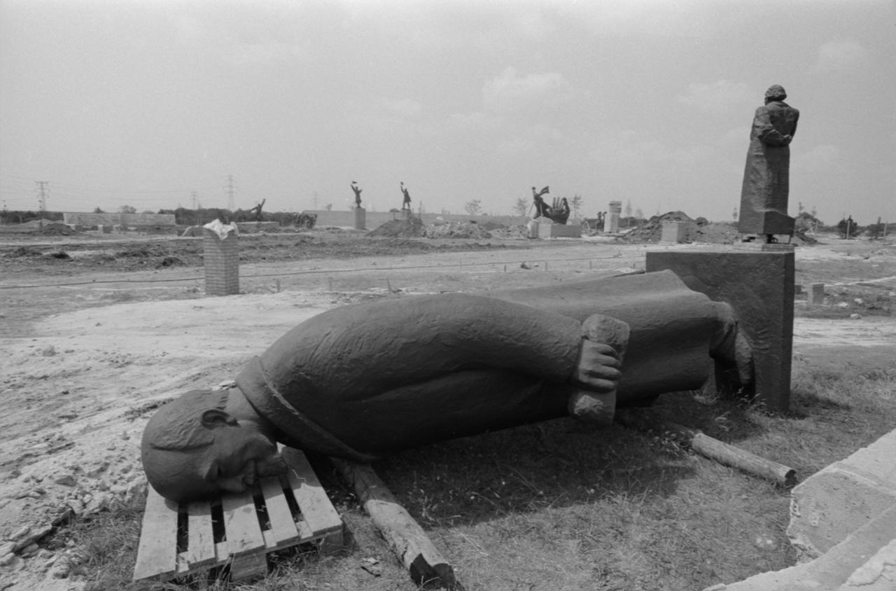 Memento park, Budapest, 1993.