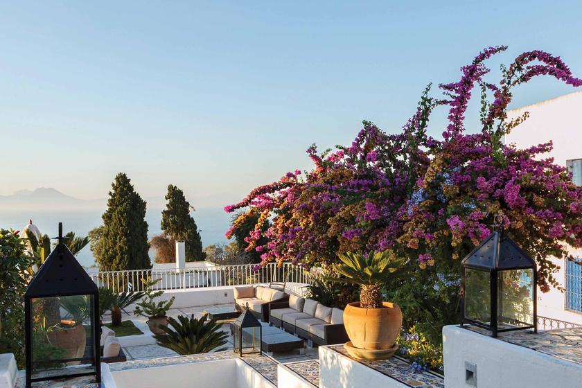 A Tuniszi-öböl leglenyűgözőbb városa a gyönyörű Sidi Bou-Said, amit semmiképp se hagyj ki, ha Tunéziába utazol!