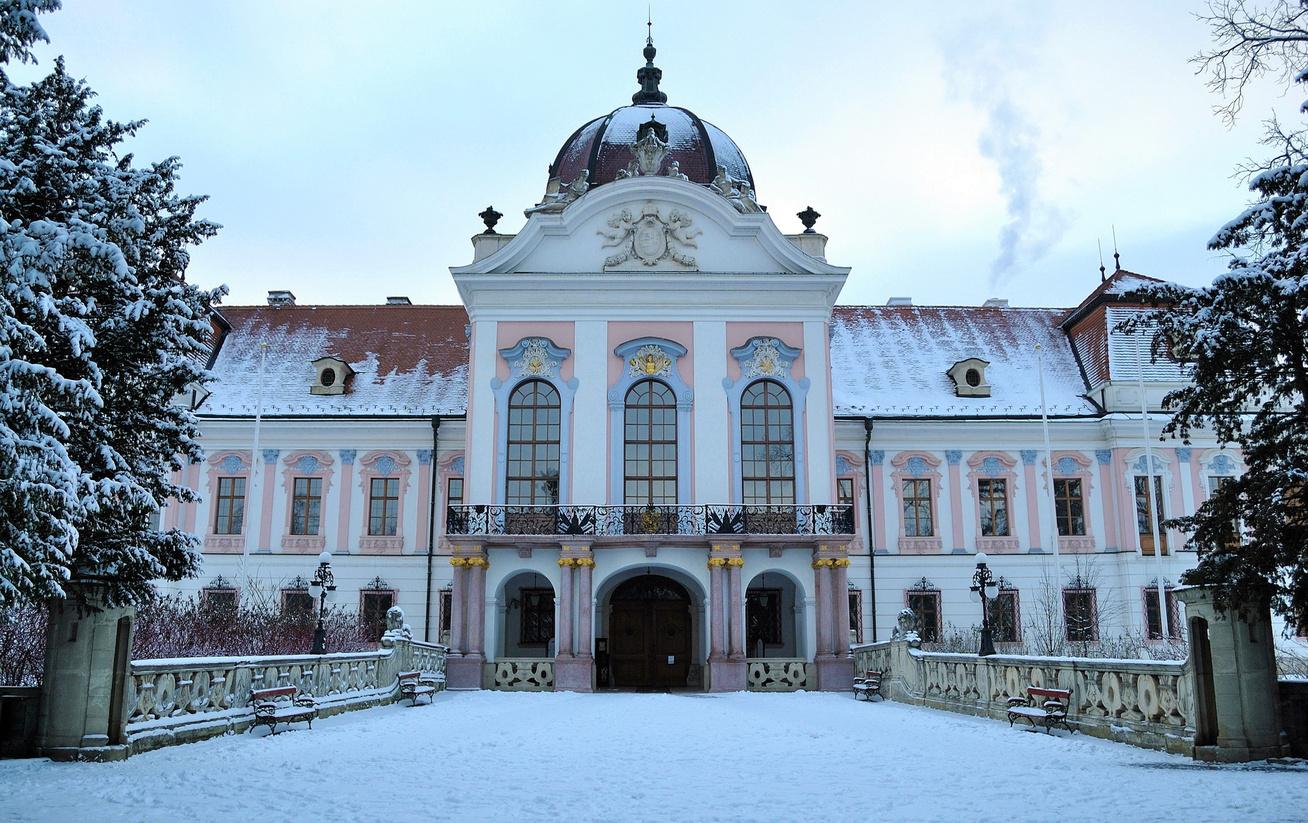 Grassalkovich kastély télen