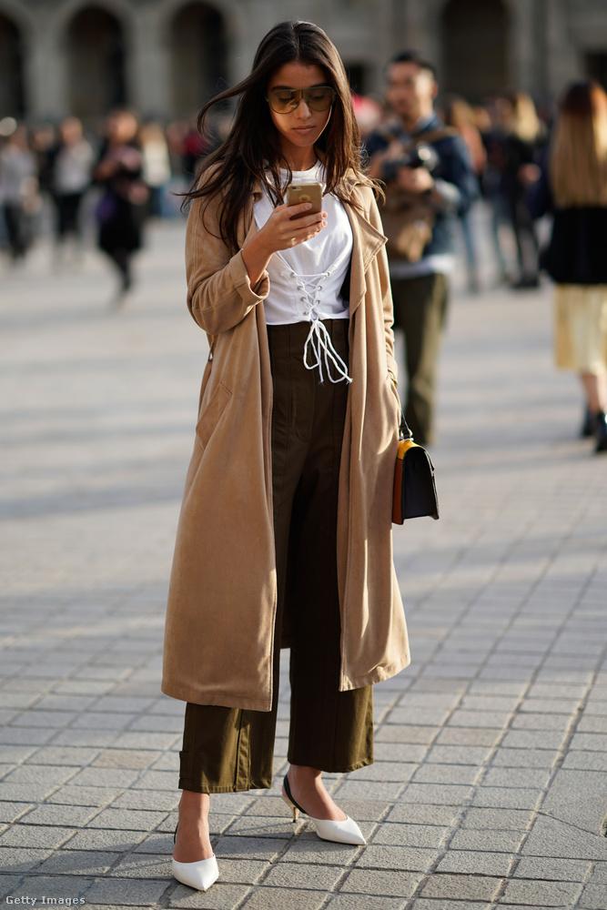 A camel kabát épp az, amiből érdemesebb befektetni egy drágább gyapjúból vagy kasmírból készült darabba.